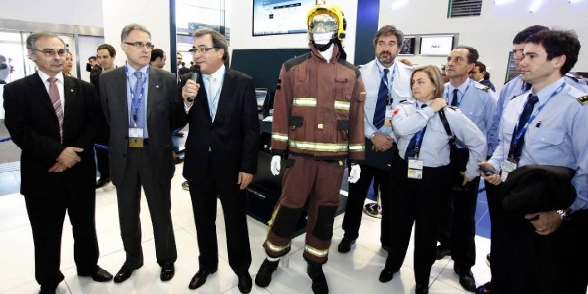 España: Telefónica y la Generalitat presentan proyecto para sensorizar trajes de bomberos