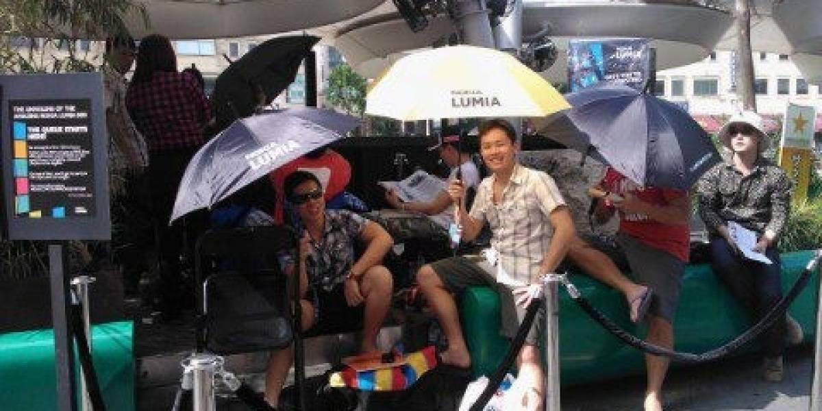 Singapur: Nokia lanza el Lumia 800 con fiesta y promoción