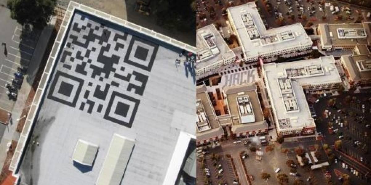 Facebook pinta código QR de 13 metros en el techo de sus nuevas oficinas