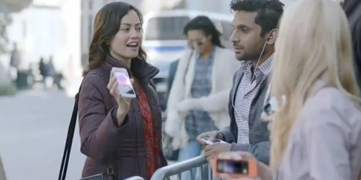Comercial de Samsung Galaxy S II se rie de que el iPhone no tiene 4G