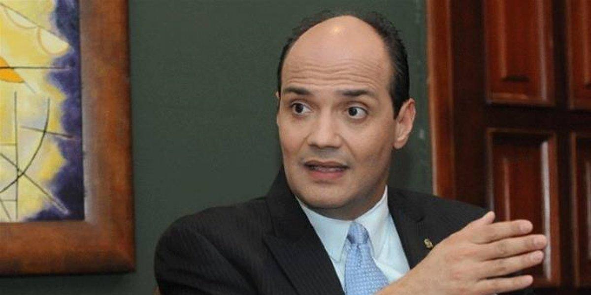 """Nieto de Trujillo reitera denuncia de """"invasión"""" de haitianos"""