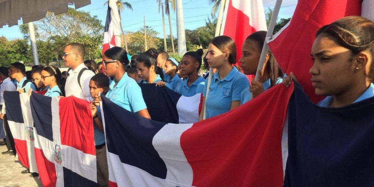 Realizan homenaje a los 205 aniversario de Juan Pablo Duarte