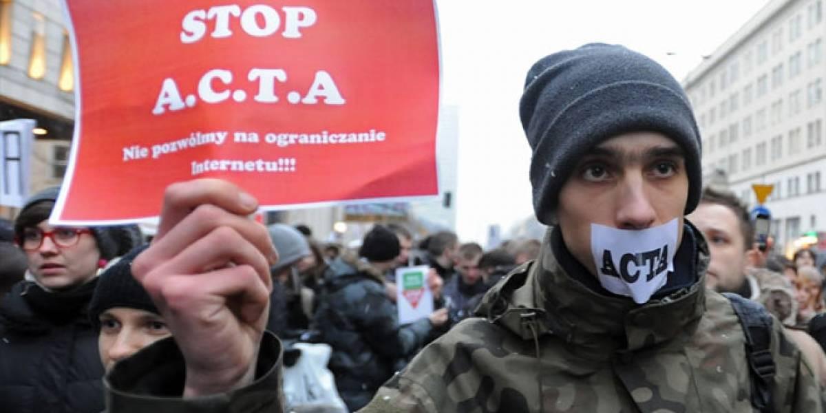 Freno a ACTA en Europa: Evaluarán si es compatible con la libertad de expresión
