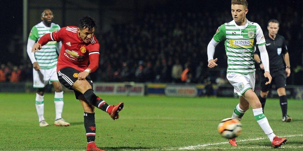 Alexis Sánchez debutó con triunfo con el Manchester United
