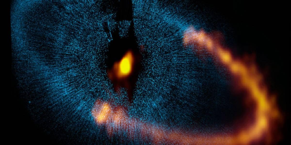 Telescopio ALMA revela cómo funciona el anillo de este sistema solar