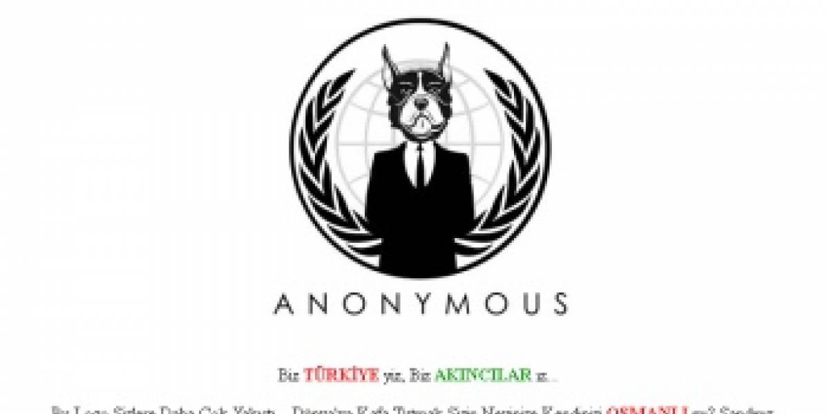 Hackearon la red social de Anonymous