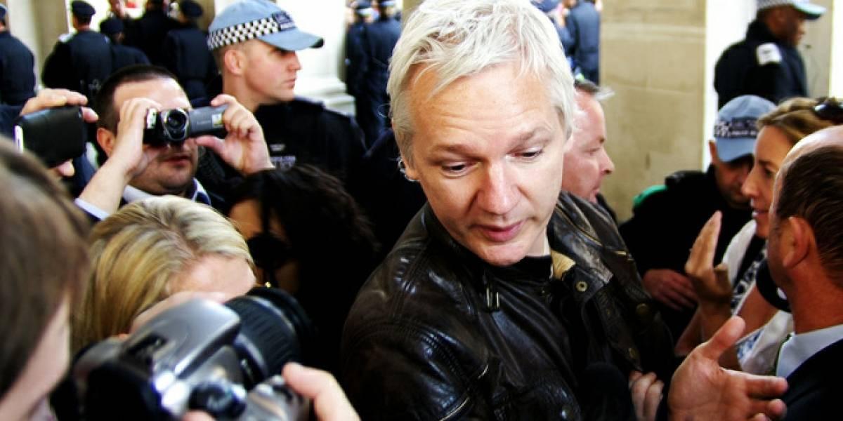 Assange será arrestado si sale de la embajada de Ecuador