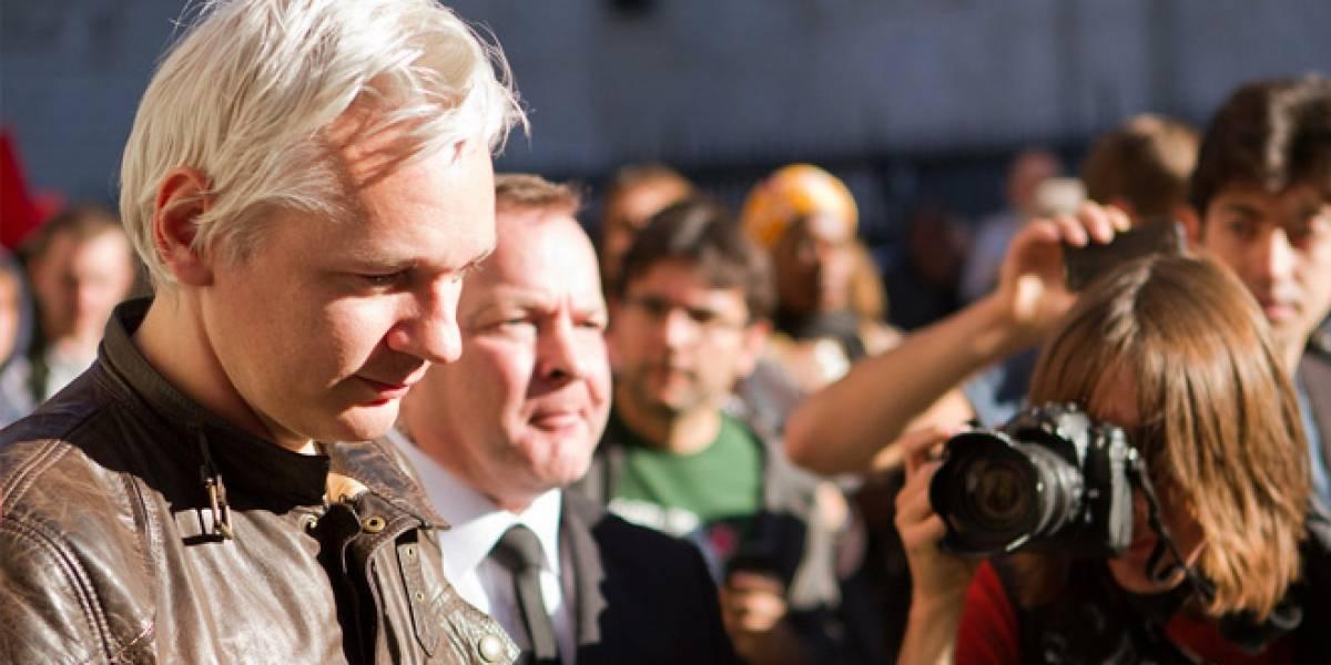 """Filtración de e-mails revela que EE.UU presentó """"cargos secretos"""" contra Julian Assange"""