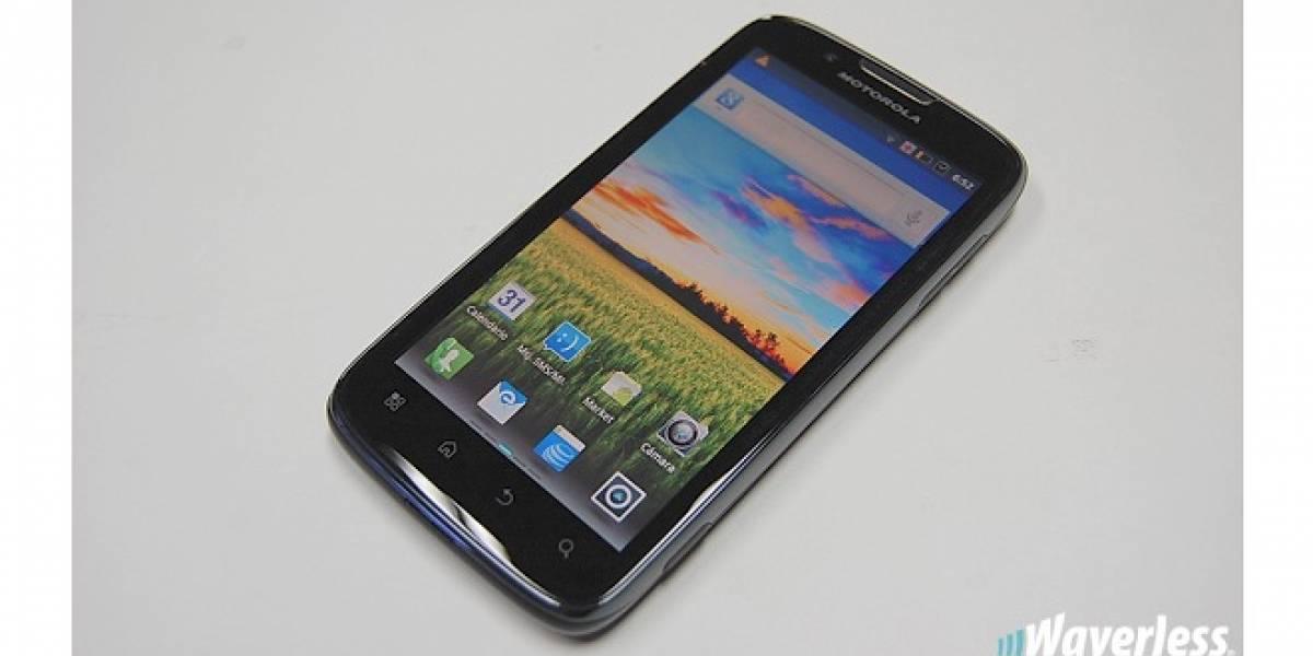 Argentina: Motorola y Claro presentaron el Atrix 2