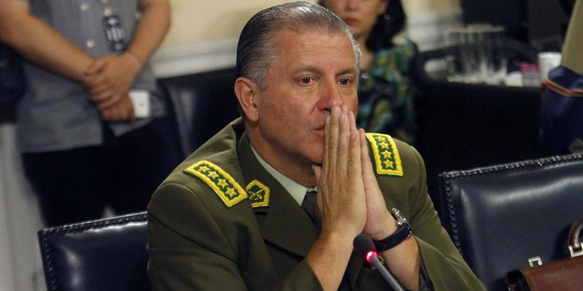 General director de Carabineros finalmente ordenó entregar computadores que buscaba la PDI