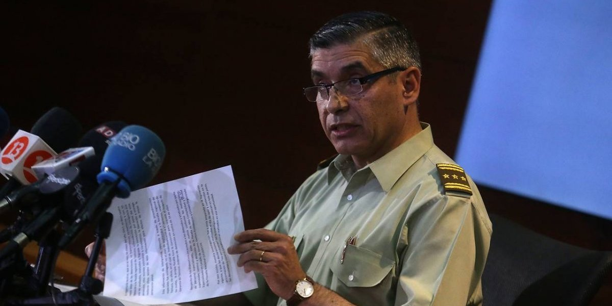 """Se agudiza la crisis: Carabineros defiende Operación Huracán y cuestiona acusaciones sobre """"pruebas falsas"""""""