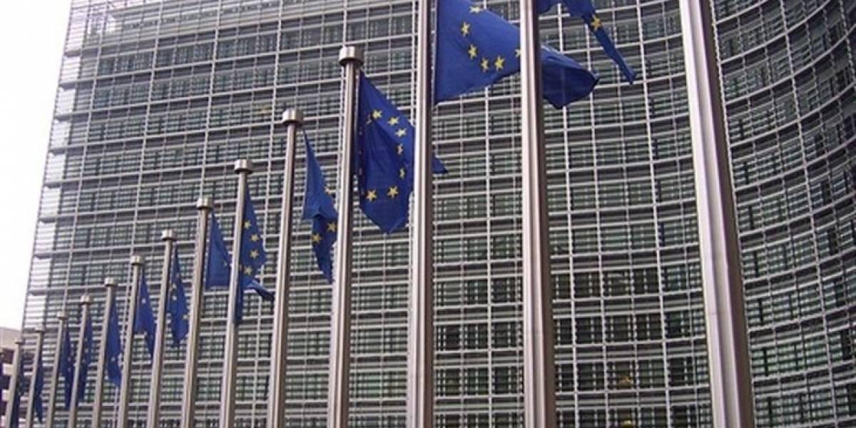 La Comisión Europea busca que los proveedores de Internet vigilen la Piratería