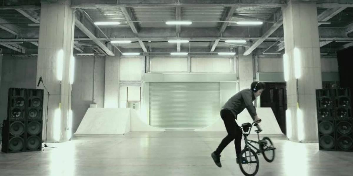 Turntable Rider: la bicicleta japonesa que se transforma en bandeja de Deejay