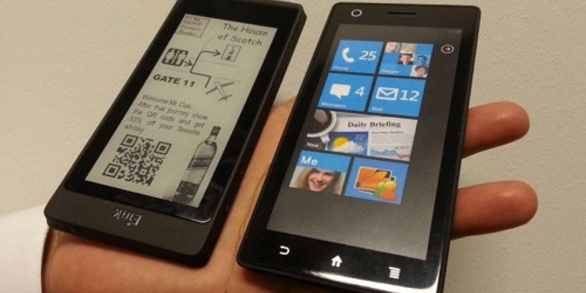 IFA 2012: Muestran prototipo de teléfono con pantallas LCD y de tinta electrónica