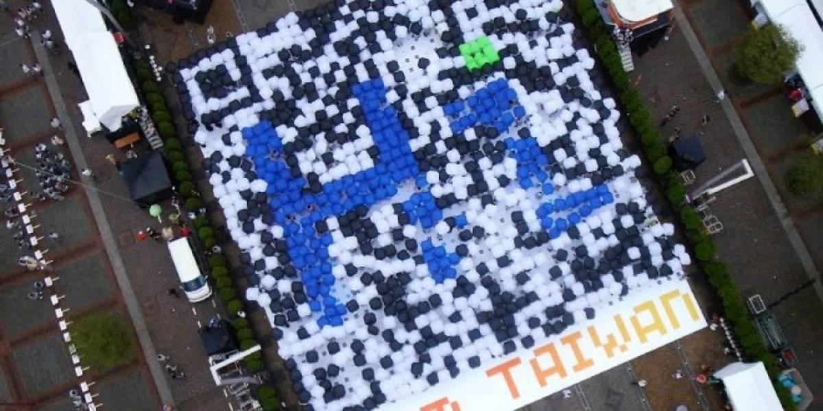Más de mil participantes formaron en Taiwan el código QR más grande hecho con personas