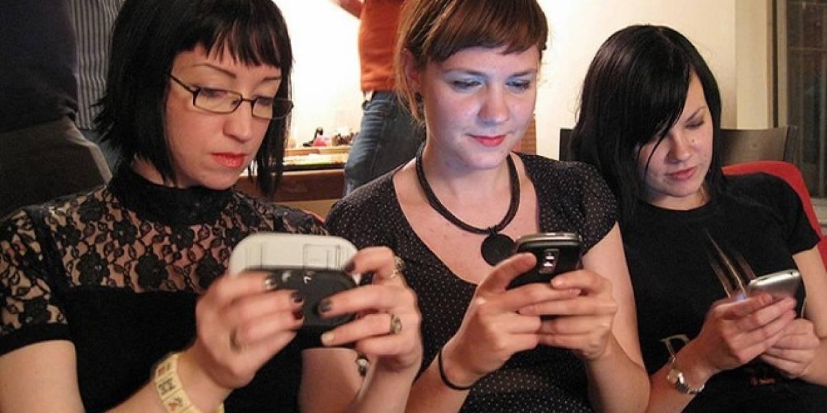 HTC y Apple lideran satisfacción en usuarios de móviles