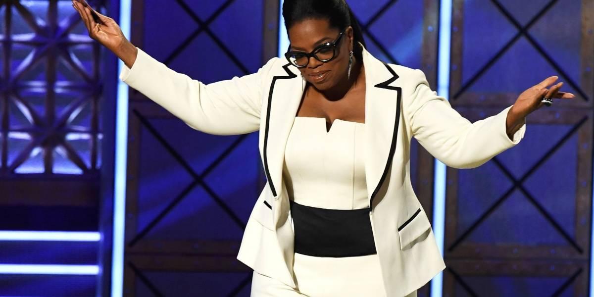 Revista Vanity Fair publica foto de Oprah Winfrey com 'três mãos'