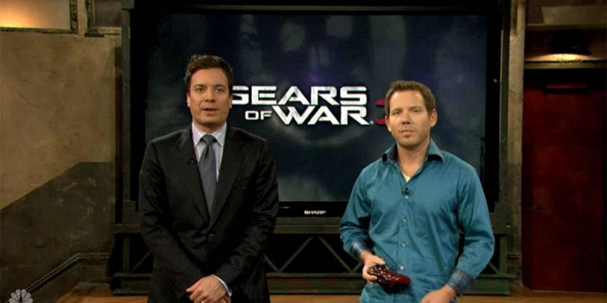 Demo de Gears of War 3 en programa de Jimmy Fallon (con bug en vivo incluido)