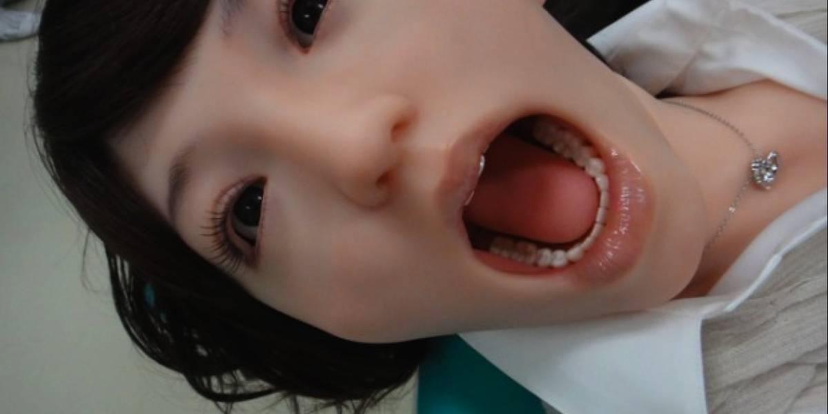 Hanako 2 acude al dentista