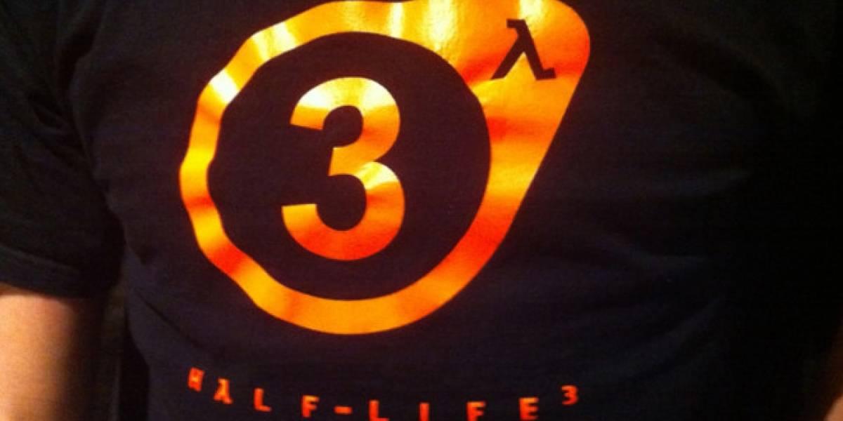 Empleados de Valve vistiendo poleras de Half-Life 3