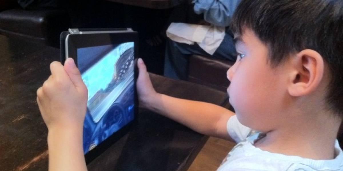 Padres arremeten contra Apple por ventas dentro de aplicaciones