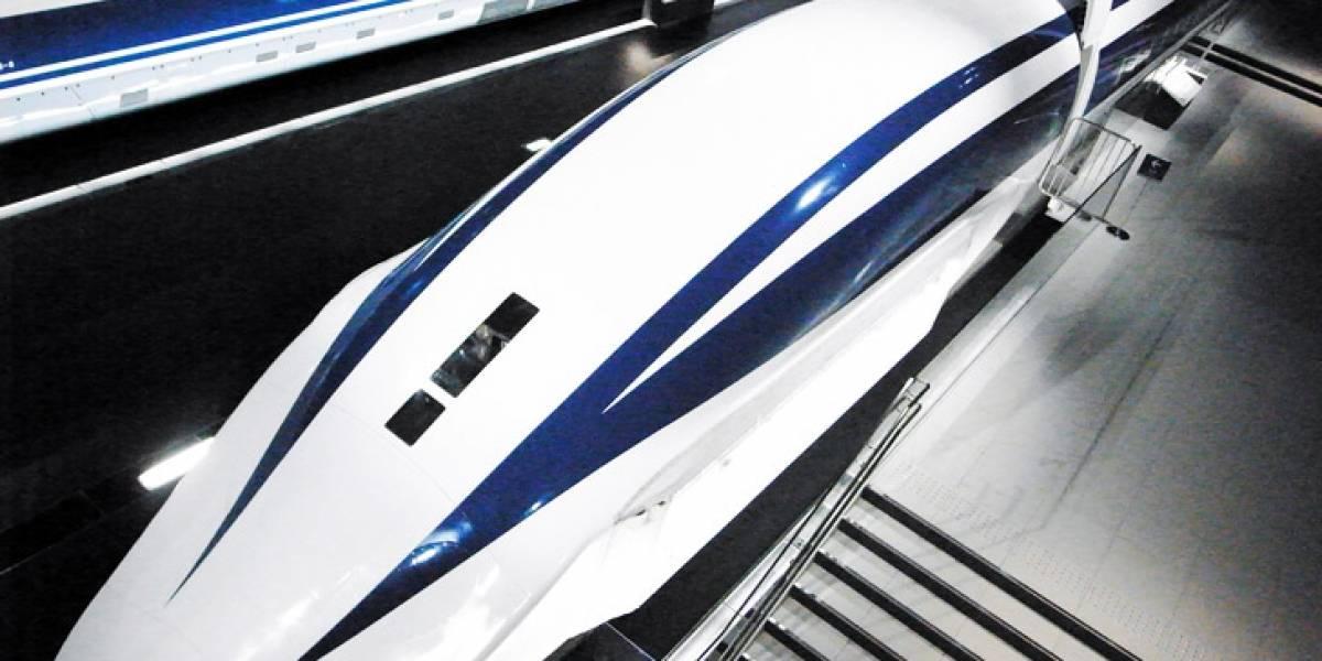 "Japoneses ""volarán"" en tren maglev a 500 km/h"