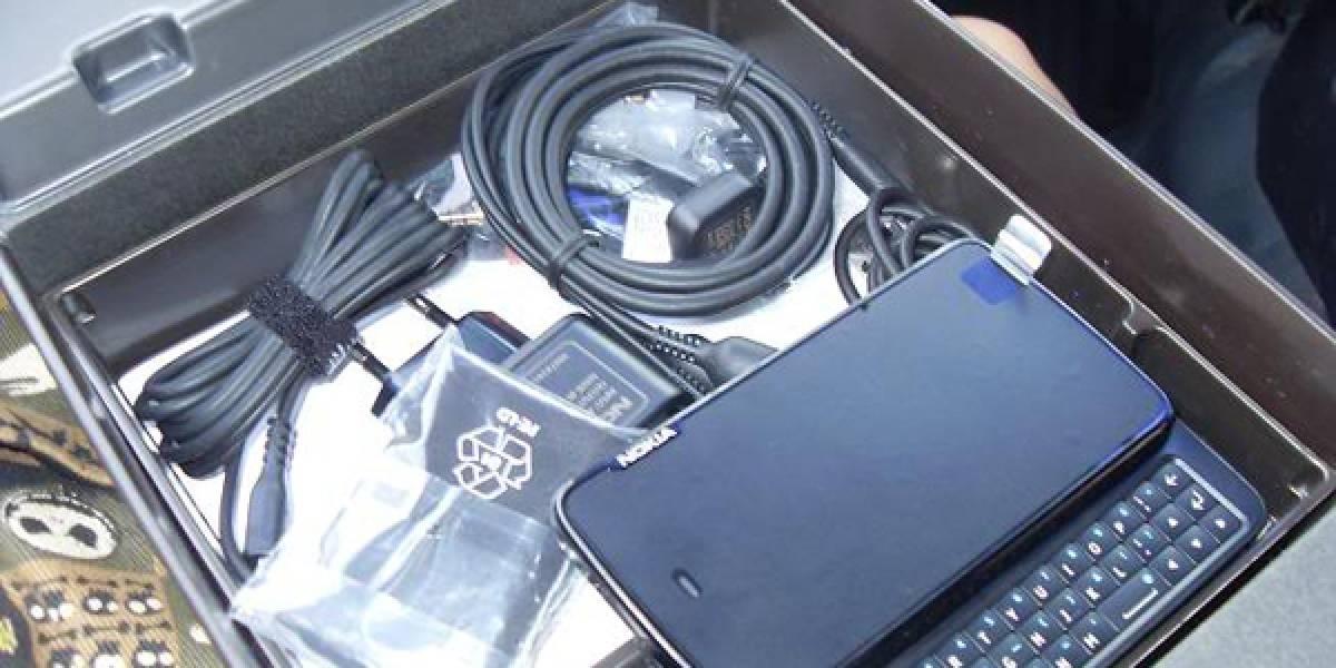 Aparecen fotos de Nokia N900