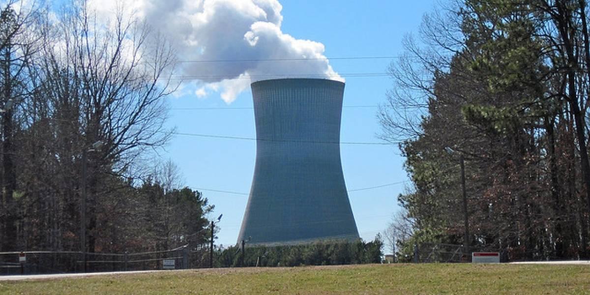 Explosión en planta nuclear francesa reabre debate sobre esta forma de energía