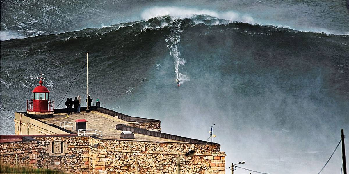 Por que Nazaré atrai surfistas de ondas gigantes?