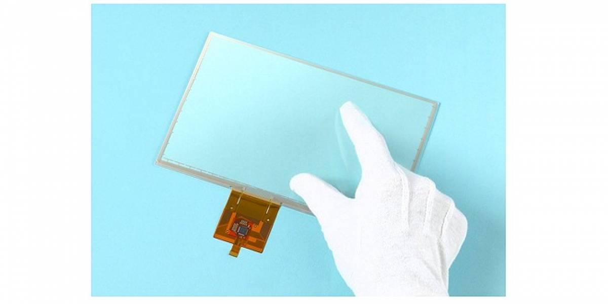 SMK nos presenta una pantalla táctil la cual puede ser utilizada con guantes