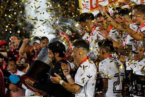 El bicampeonato de la Supercopa se suma a las vitrinas de Colo Colo / imagen: Photosport