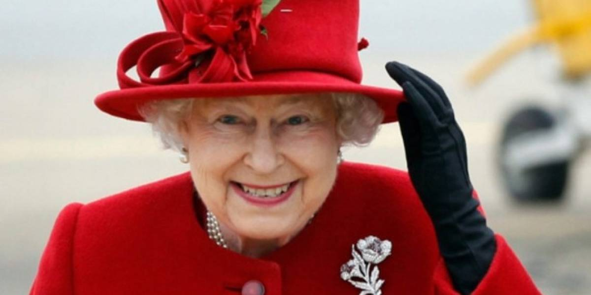 La Reina Isabel II también tiene su propio tablet: Un Galaxy Note 10.1
