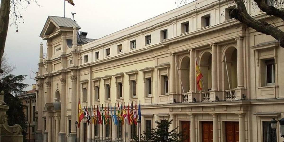 Futurología: España gastaría un millón de euros en móviles nuevos para sus senadores