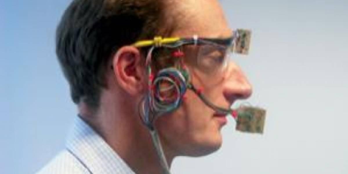 Científicos ingleses crean sistema que le da voz a pacientes que perdieron su laringe