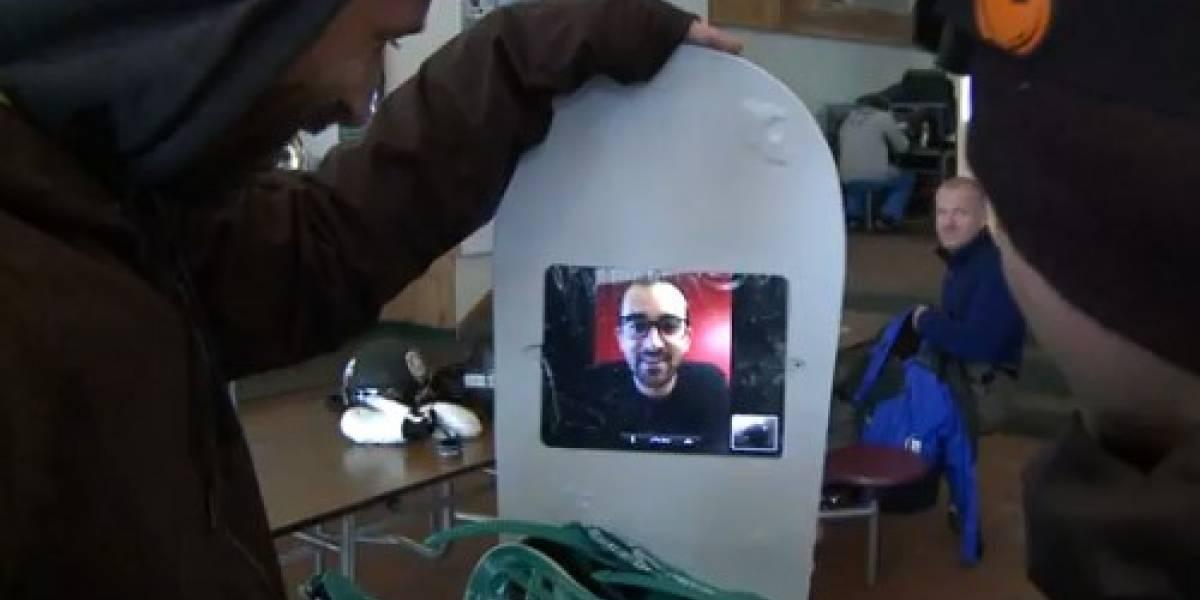 Compañía estadounidense crea tabla de snowboard con iPad 2 incrustado
