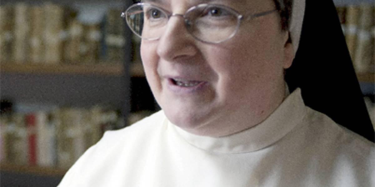 """Expulsan a """"Sor Internet"""" del convento por usar el Facebook"""
