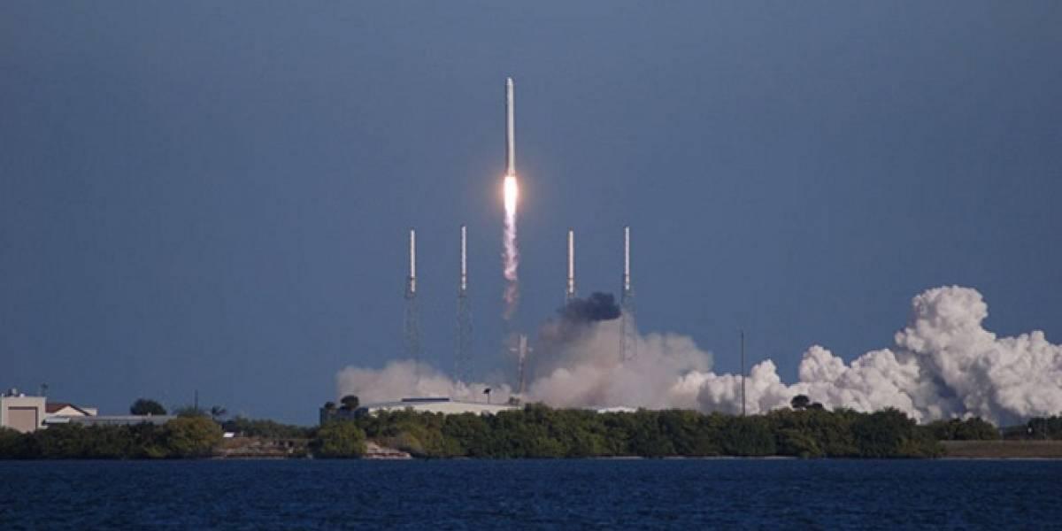 SpaceX probó con éxito su cohete para el primer viaje privado a la ISS