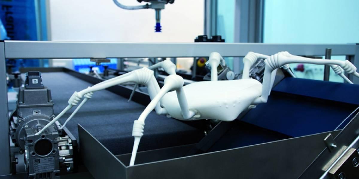 Robot-Araña llega donde Spiderman no puede