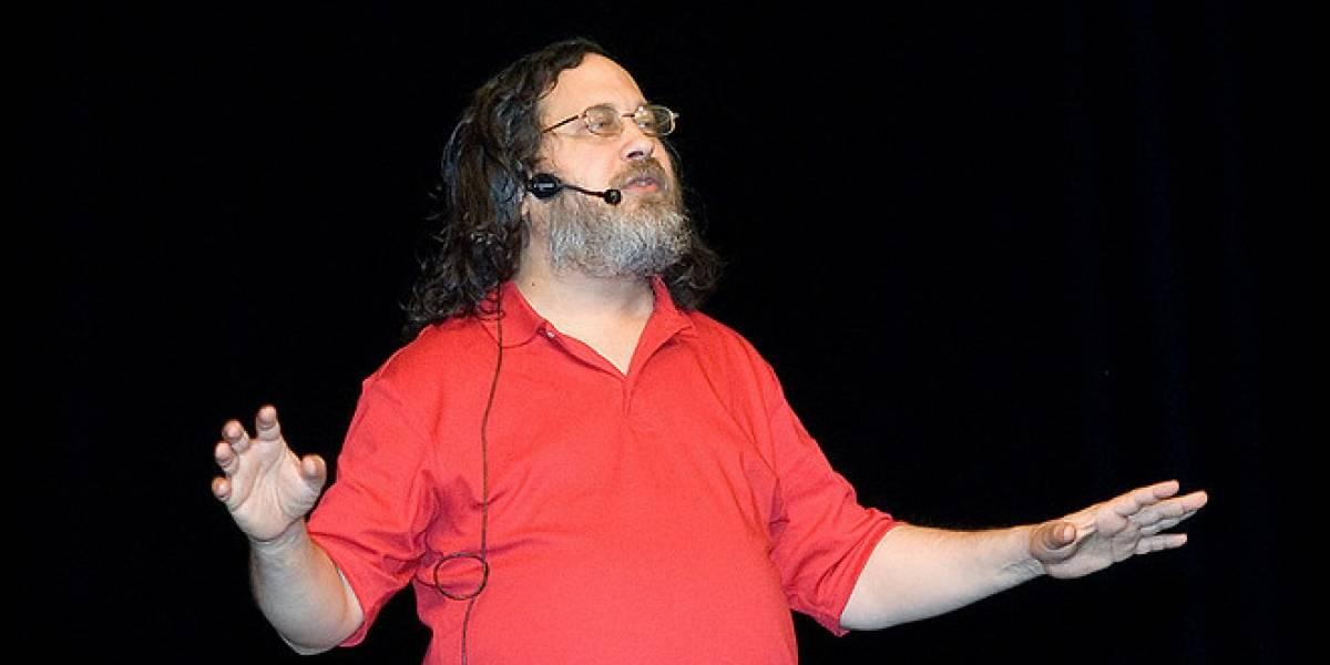 Argentina: Le robaron a Richard Stallman en su conferencia en Buenos Aires