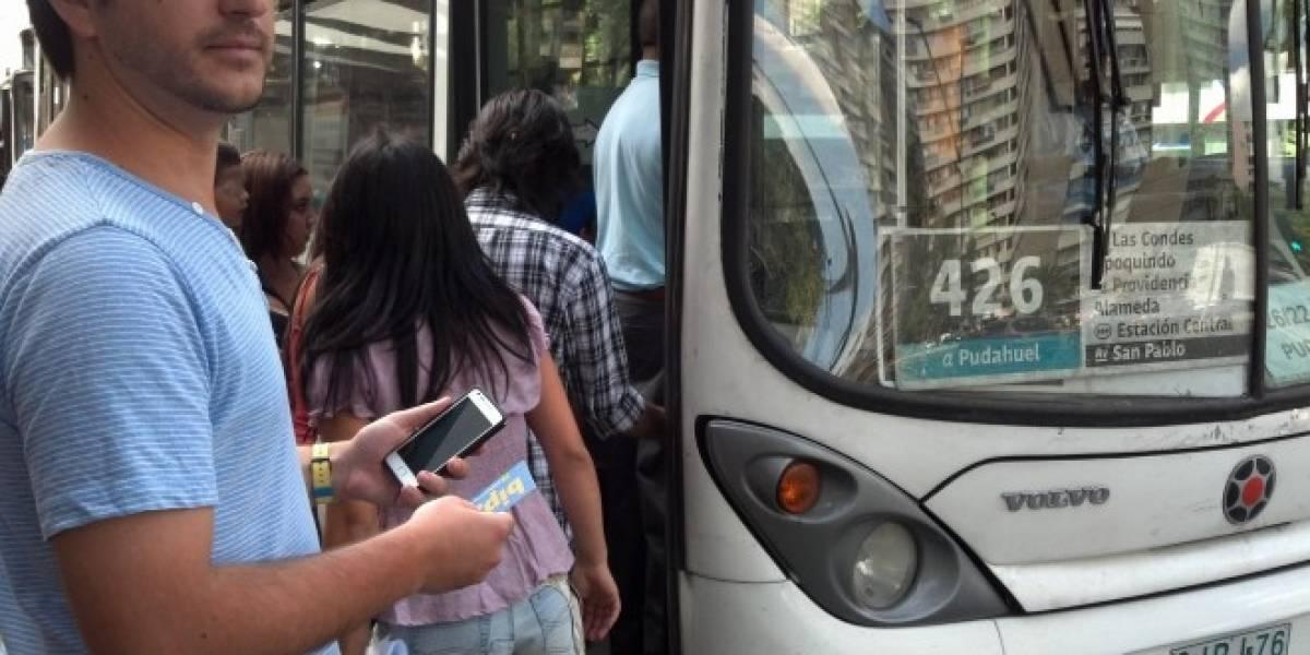 Chile: Gobierno anuncia desarrollo de plan piloto para implementar pago móvil en Transantiago