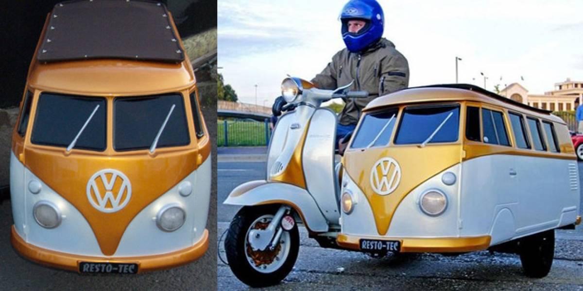 Crean un coche lateral para motocicleta con la forma de Volkswagen Camper
