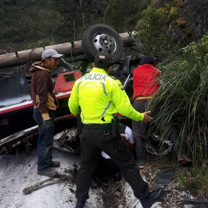 Accidente de tránsito en Papallacta Cortesía Policía Nacional del Tena