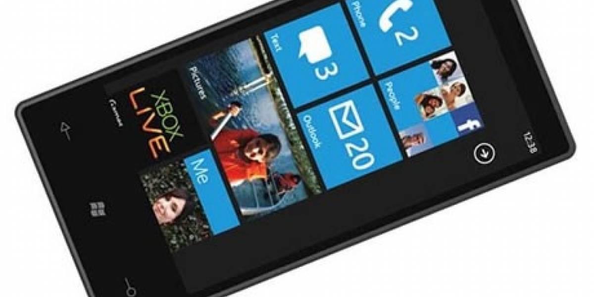 Microsoft promete reducir a la mitad el precio de equipos con Windows Phone 7