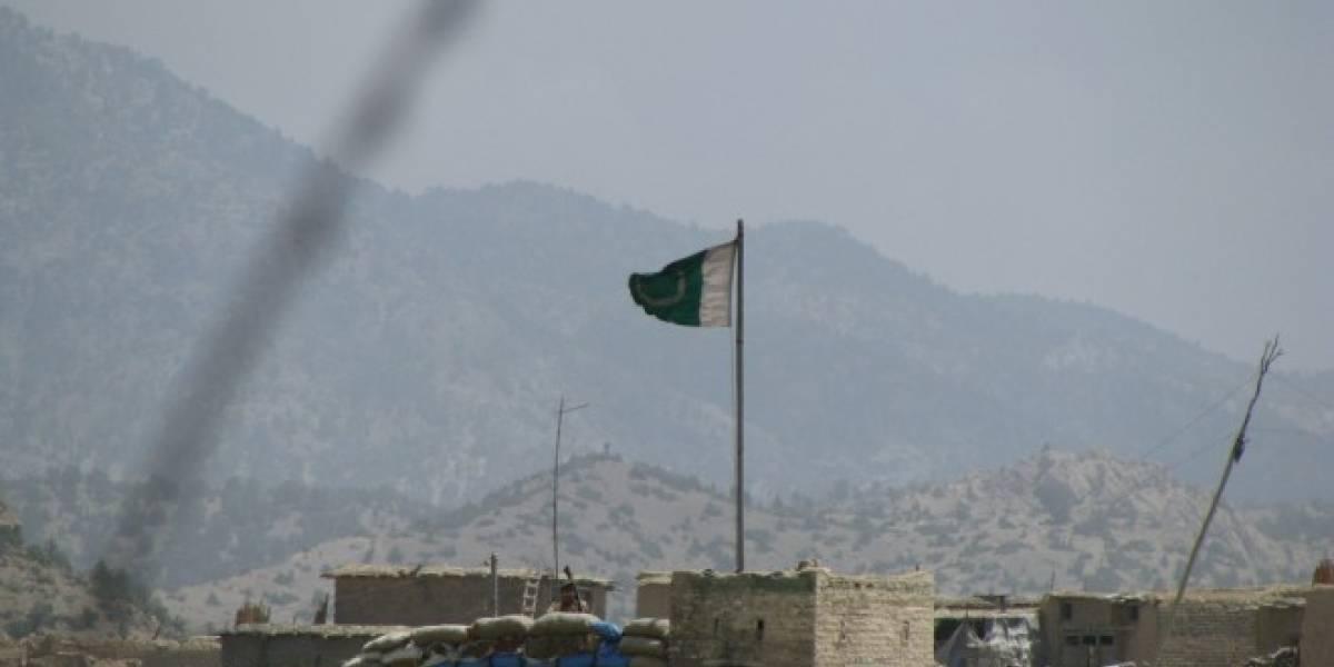 Talibanes amenazan a tiendas en Pakistán por vender ringtones y videoclips
