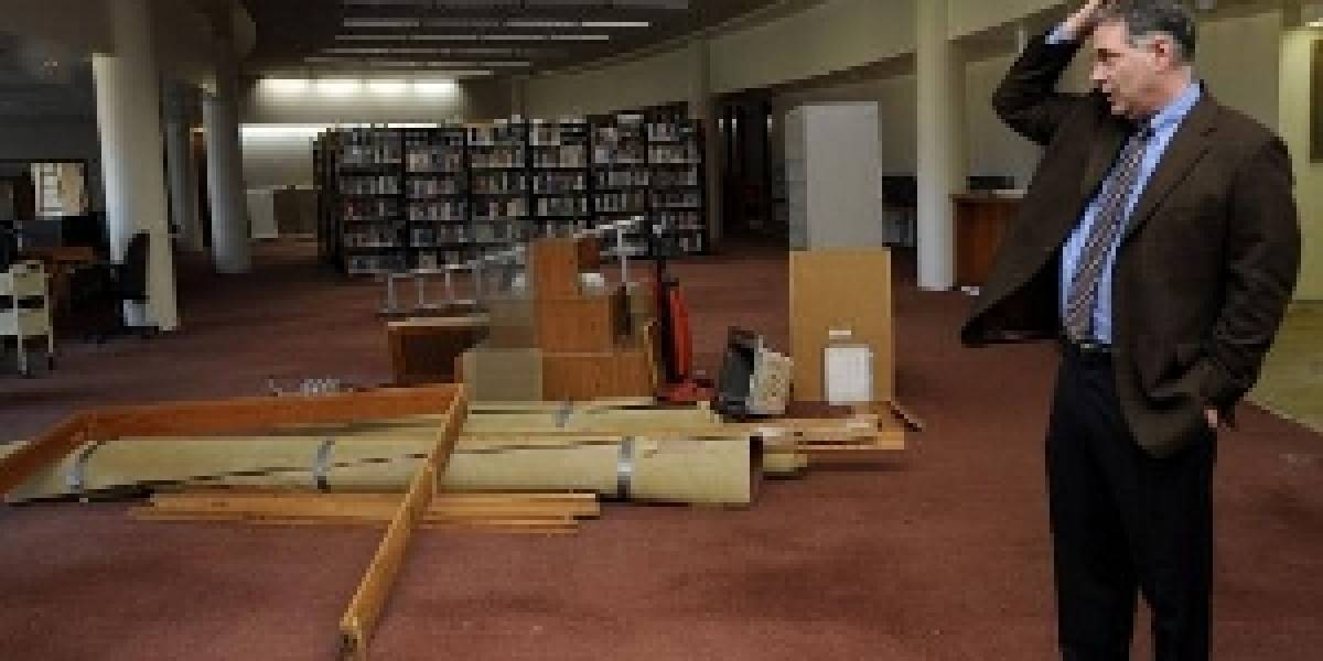 Instituto reemplaza los libros por lectores electrónicos