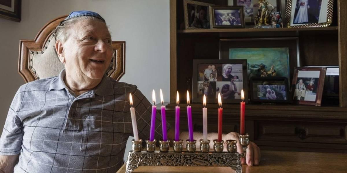 """""""Colhíamos grama para minha mãe fritar com gordura"""", diz sobrevivente do Holocausto radicado no Brasil"""