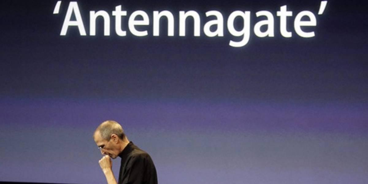 Comenzó el reembolso de USD$15 a los afectados por la antena del iPhone 4