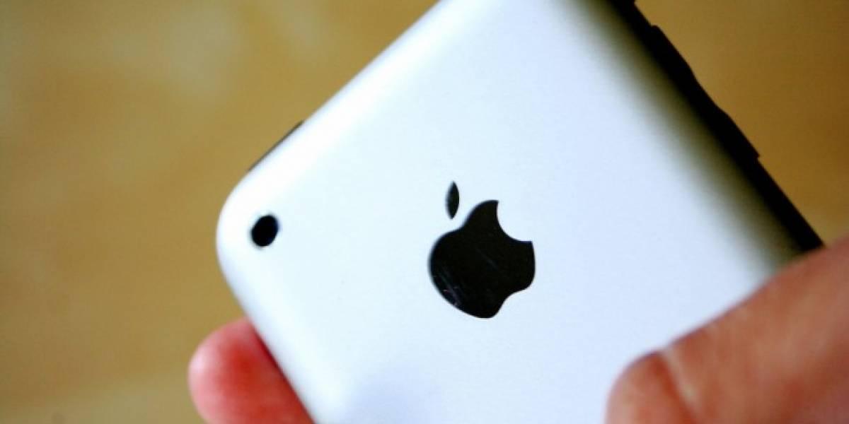 Hombre fue detenido entrando a China con 66 iPhones en su cuerpo