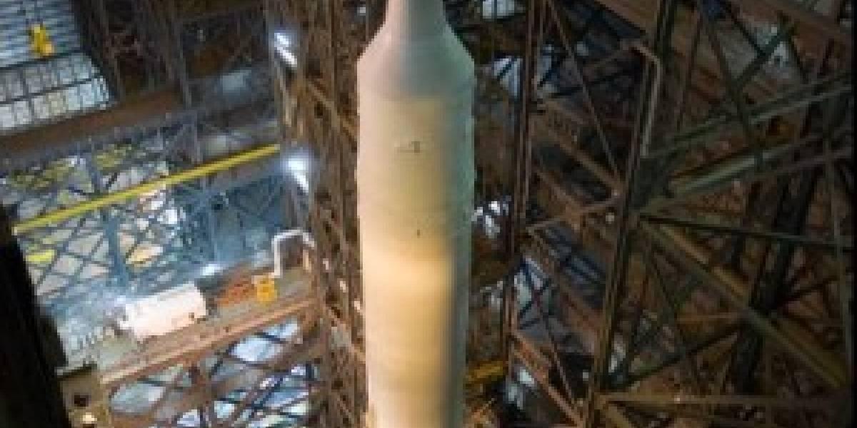La NASA completa el ensamblaje del Ares I-X