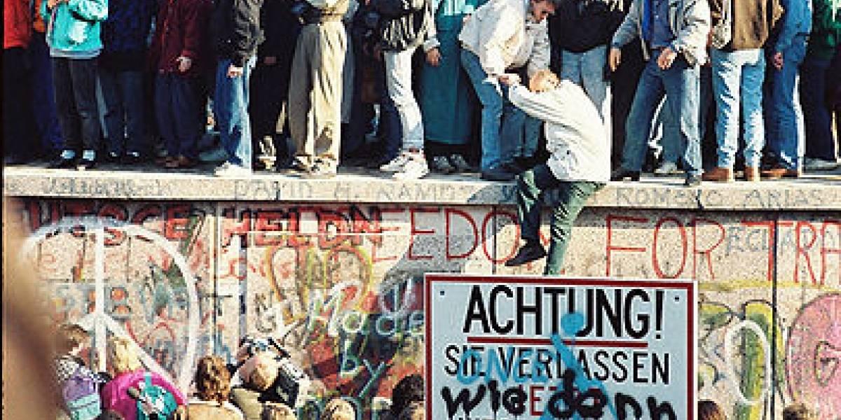 """Berlín """"Twitterwall"""": derribando muros en internet"""